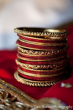 indian wedding traditional jewelry http://maharaniweddings.com/gallery/photo/6685