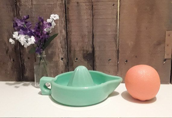 Jadeite Green Glass Juicer with Handle And Spout/Green