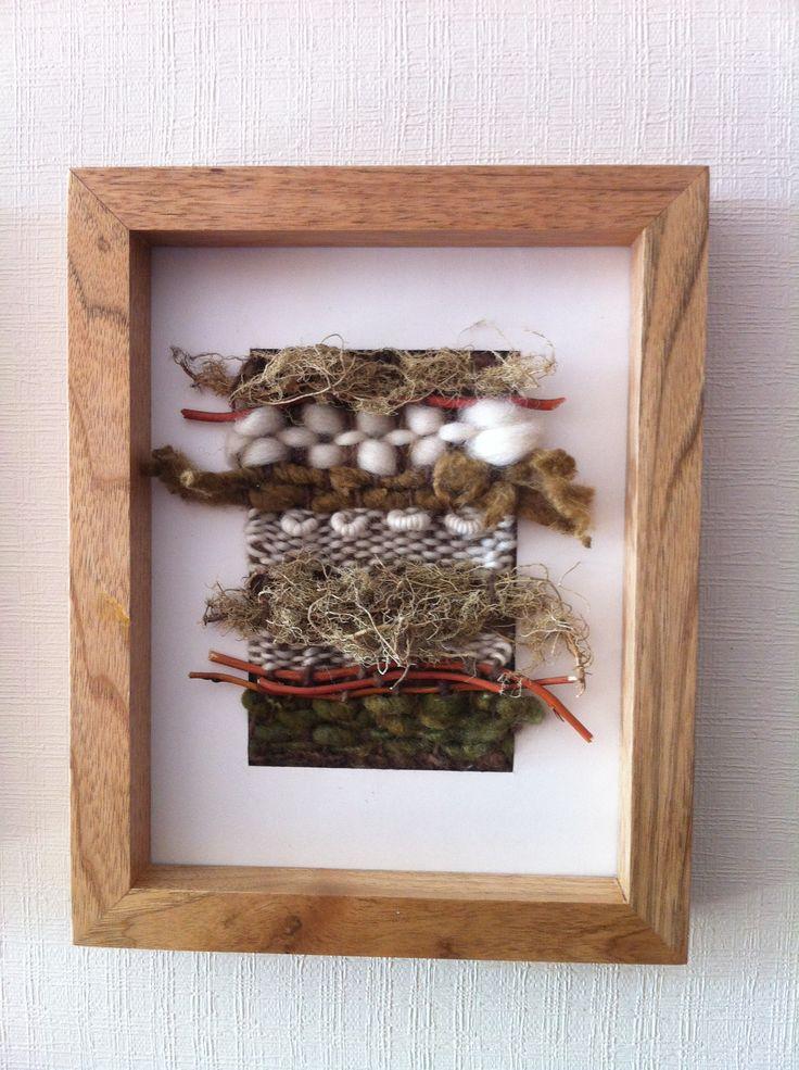 Telar cuadro madera Lana oveja y fibras! - author unknown