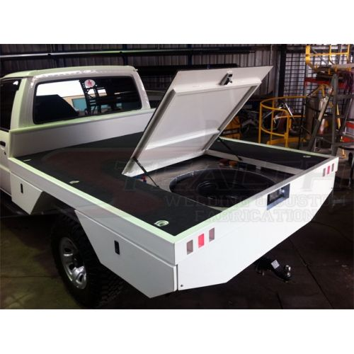 Custom Tray with 400L Fuel Tank, Spare Wheel Trap Door, Under Tray Toolboxes, Diesel Bowser, Stainless Steel Water Tanks, Recessed Number Plate & LED Tail-Lights.