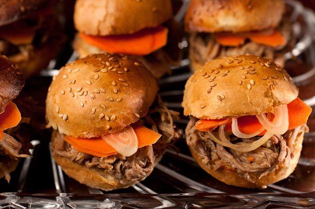 Beer-Braised Pulled Pork Sliders http://www.chow.com/recipes/27754-beer-braised-pulled-pork-sliders