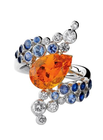 BOSPHORUS DREAMS COLLECTION RING. Gilan pays homage to the duality of the great river; its banks so different and yet flowing together in harmony. The diversity of cultures which spring from the interaction of two continents, the mutual respect and enchanting surprises that result from this are symbolized by the fresh combinations of different precious metals and stones. The High Jewellery creations recreate the life and emotion of the ever moving waters.