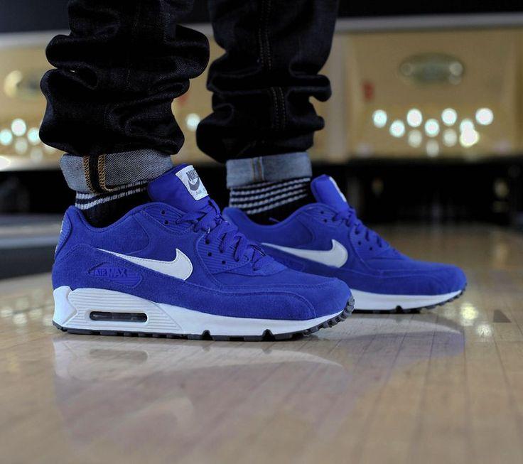 -air max/royal blue.