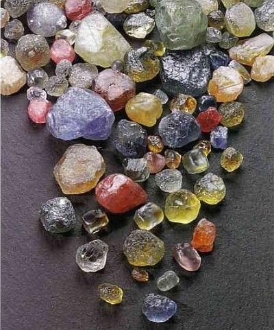 Stone & crystal lore - protections  #bohemian #geology #gem #gemstones