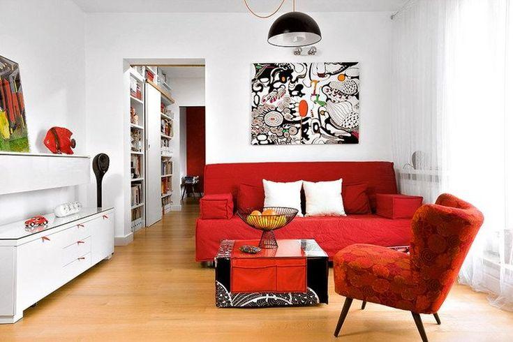 Apartament la bloc amenajat în tușe de roșu