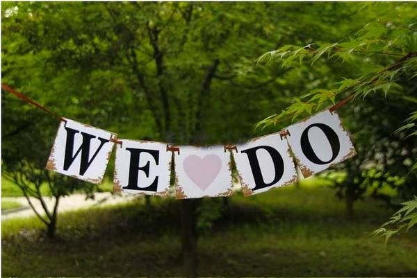 """""""WE DO"""" Rustic Country Banner Bunting - Heart 1.3m"""