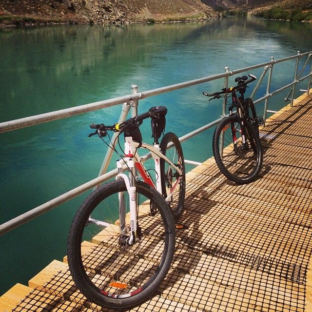 Cycling along the Roxburgh Gorge Trail