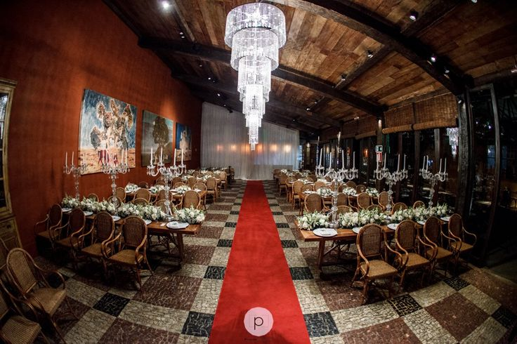 Mini Wedding no restaurante La Victoria, em BH | Foto: Priscila Photography
