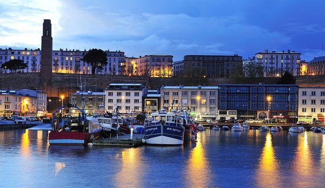 17 best brest images on pinterest bretagne travelling and bridges - Restaurant port de commerce brest ...