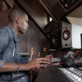 Skillshare - The Essentials of DIY Audio Mixing with Young Guru - FreshnessMag.com