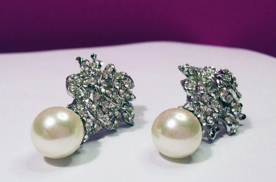 White/Ivory Pearl Crystal Wedding Rose Flower Jewelry by BYTWINS, €30.00