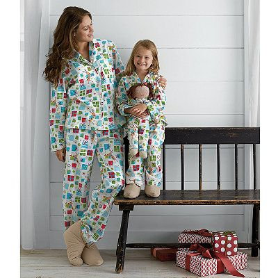 17 Best images about Gifts to Wear on Pinterest | Pajama set ...