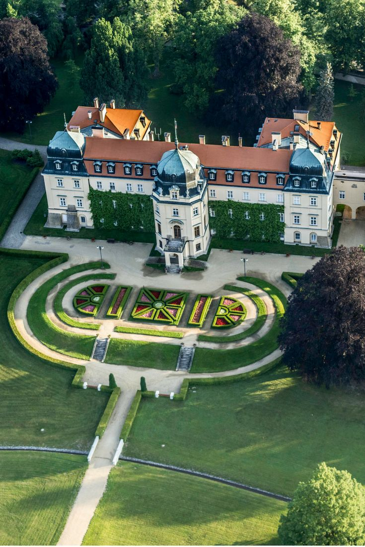 Chateau Lány in the Czech Republic: Originally a small hunting chateau, built for Rudolph II in 1592 on the place of a medieval fort. It was rebuilt by the Wallenstein family in 1730. Click here to learn more about this stunning Czech Chateau!