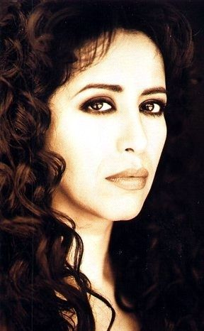 Ofra Haza, the goddess that sung in the soundtrack fro The Prince of Egypt, in 7 different languages <3 (1957-2000)