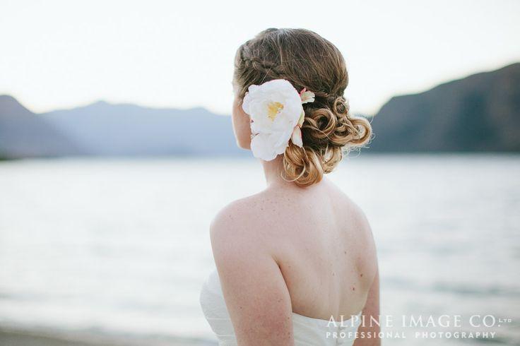 Gorgeous Bridal Hair - Wanaka Wedding, photography by @alpineimageco, hair by @saraWeddingHair, planned by www.boutiqueweddingsnz.com