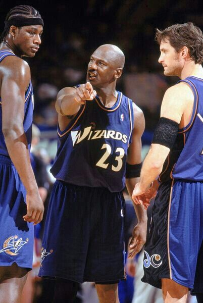 MJ directs Kwame Brown and Christian Laettner.