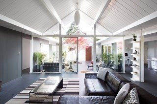 Photo 1 of 8 in 7 Modern Eichler Renovations in California from Eichler Remodel in Burlingame, California - Dwell
