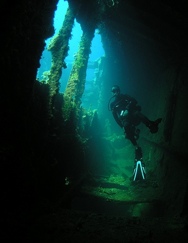 how to get to chuuk lagoon