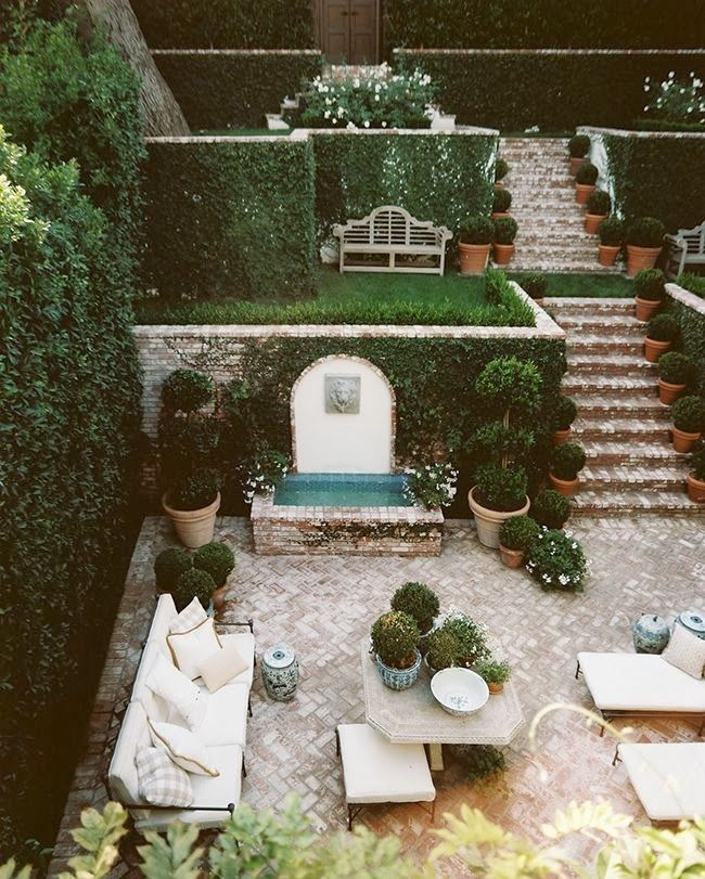 Best 25 landscape pavers ideas on pinterest backyard for Cost of outdoor living space