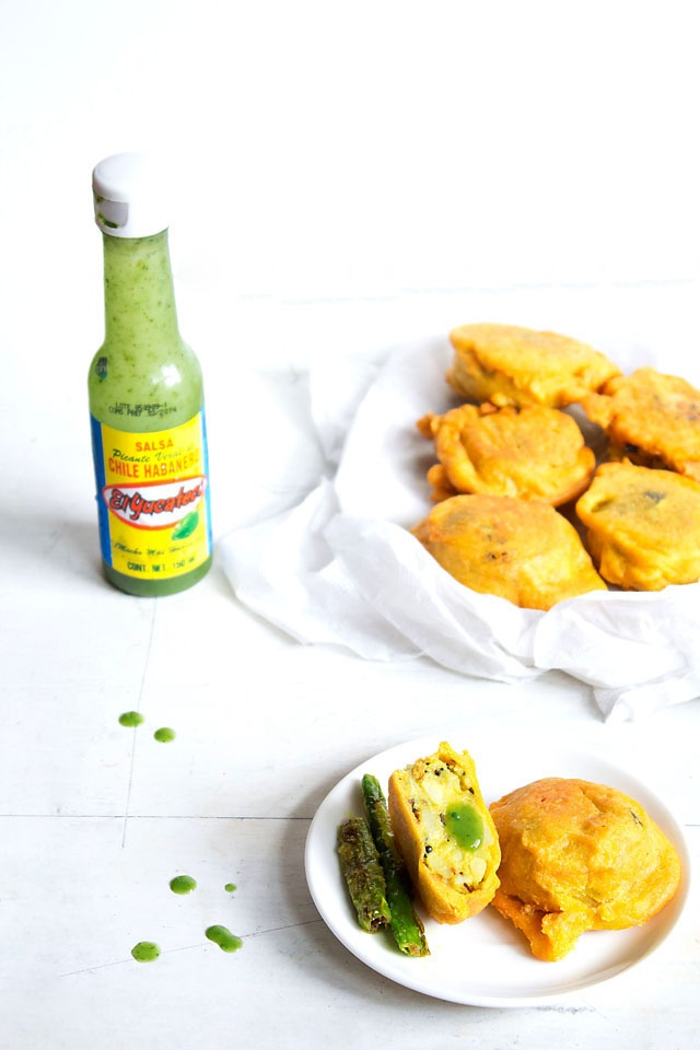 batata vada - an indian street food snack of deep fried mashed potato ...
