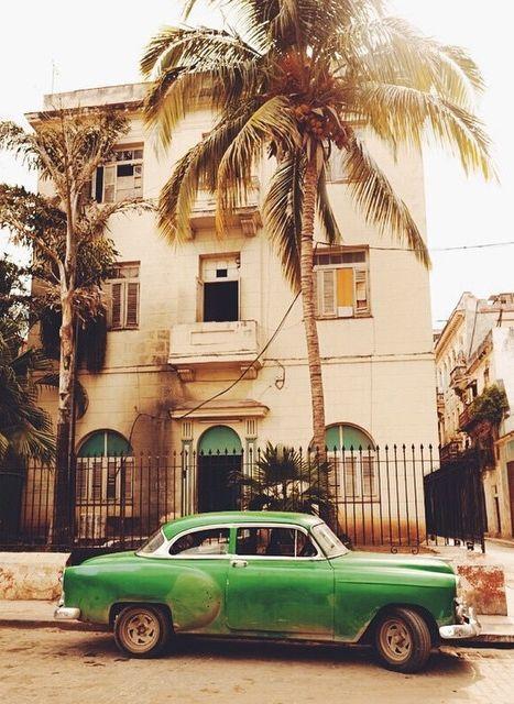 Street scene in Havana. Photo courtesy of marcauxvisual on Instagram.