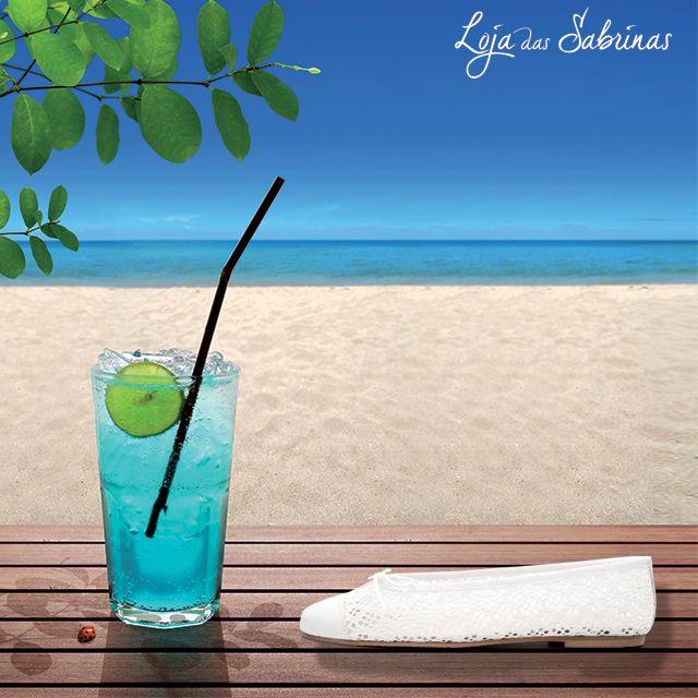 O calor pede bebidas frescas e as nossas Sabrinas Margarida, desenhadas para o conforto do seu verão. Encontre o seu par a preços reduzidos aqui: http://www.lojadassabrinas.com/product/margarida