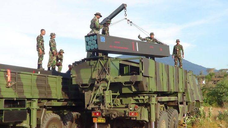 batalyon-artileri-medan-1-2-kostrad-gelar-uji-coba-roket-astros-2