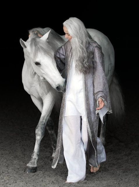 Yasmina in shades of white and grey...