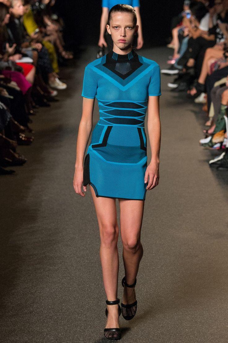 10 лучших показов с выходных на Неделе моды в Нью-Йорке...