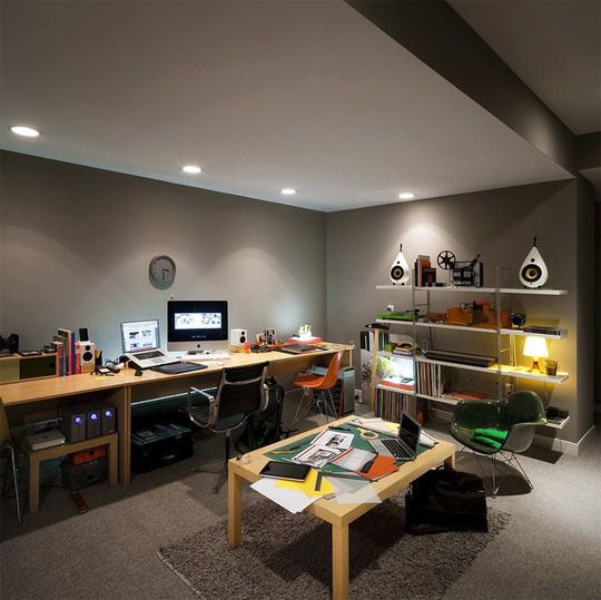 Really like this office/basement. Good color gray, lighting looks nice. looks very warm and a good place to work