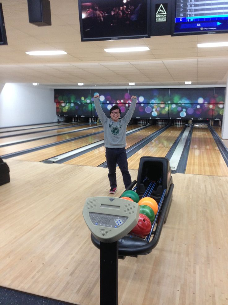 "#Sportstec Bowling Team ""Slammin Sam"" celebrates a clean ""X"" at @AMFRoller #deewhyrsl"