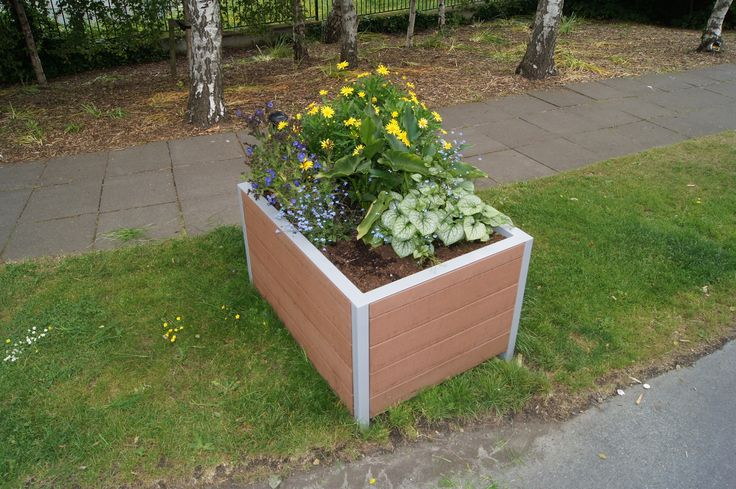 HC203 Composite Timber Planter