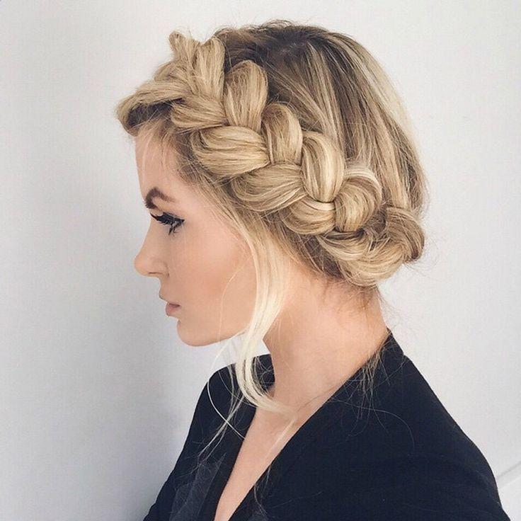 Radiant Wedding Hairstyles Featuring Versatile Braids