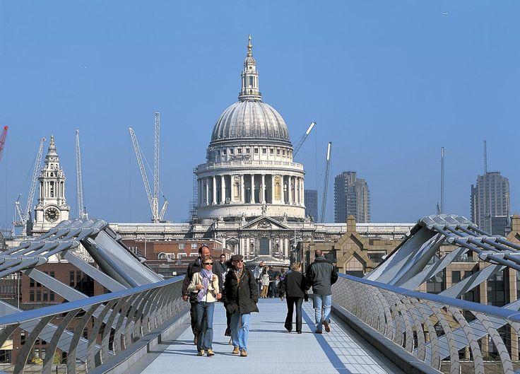 Millennium Bridge | Projects | Foster + Partners