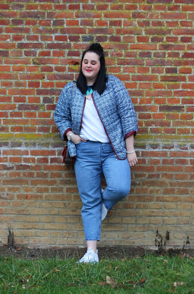comfy, sporty chic plus size outfit http://www.anaispenelope.fr/2017/01/doudoune-grande-taille-maxxie-apparel.html