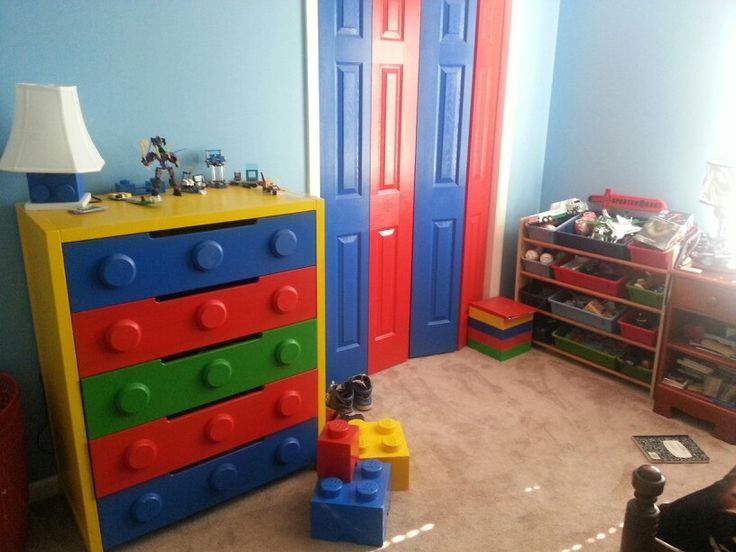 Lego dresser.  This is great!  Wish the pinner mentioned where to get one.  I could keep all my instructions, zip lock bags, little cases, etc in these drawers...