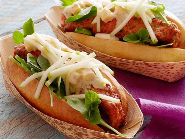 South Asian-inspired Malai Chicken Hot Dog #GrillingCentral: Food Network, Diggity Dogs, Malai Chicken, Hotdogs, Chicken Hot, Ground Chicken, Dog Recipes, Mango Mustard, Hot Dogs