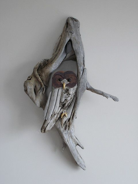 driftwood owl@Holly trickhead