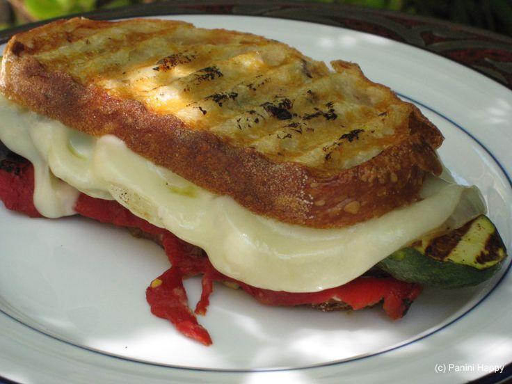Sebzeli ve kasarli tost