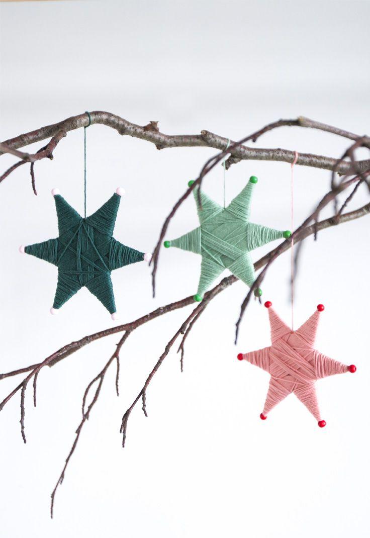 Yarn-wrapped star ornaments // Christmas decorations // DIY