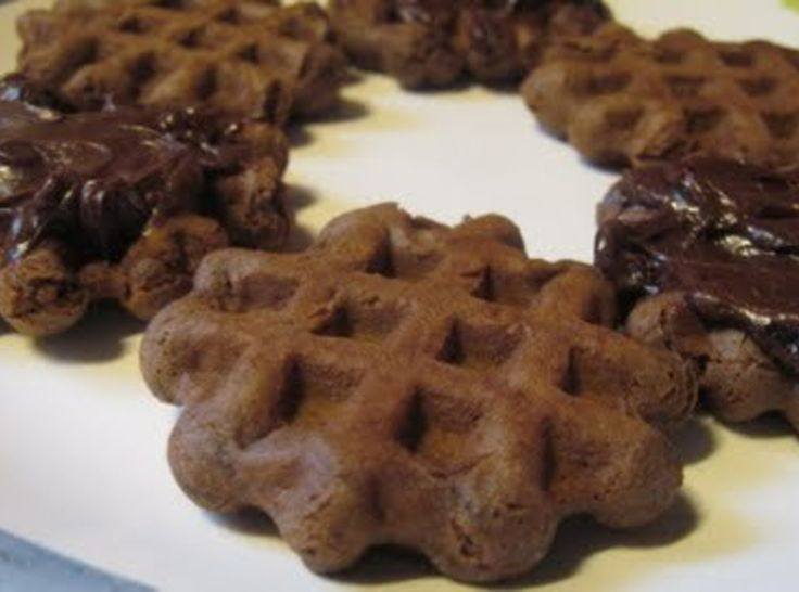 chocolate waffle cookies with cocoa powder