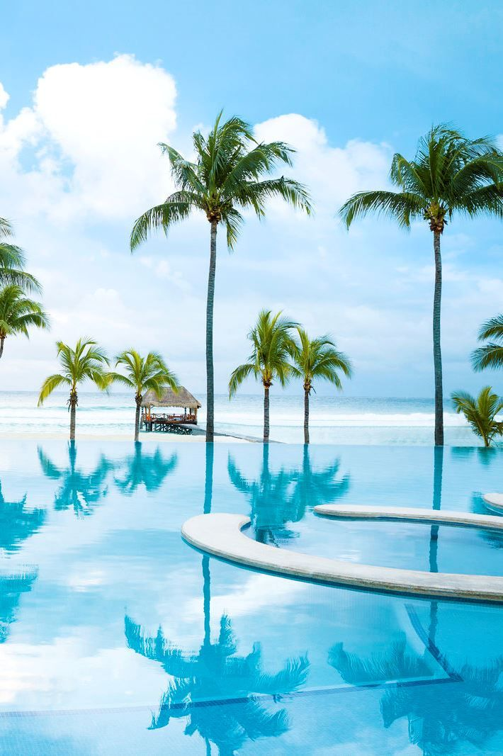 Das Hotel Azul Beach Resort The Fives Playa Del Carmen, by Karisma ist ein 5-Sterne-Hotel (Veranstalterkategorie) in Playa del Carmen, Riviera Maya.