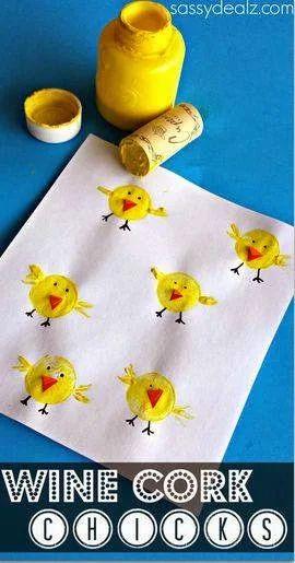 Küken stempeln mit #Korken #Ostern #bastelnmitkindern