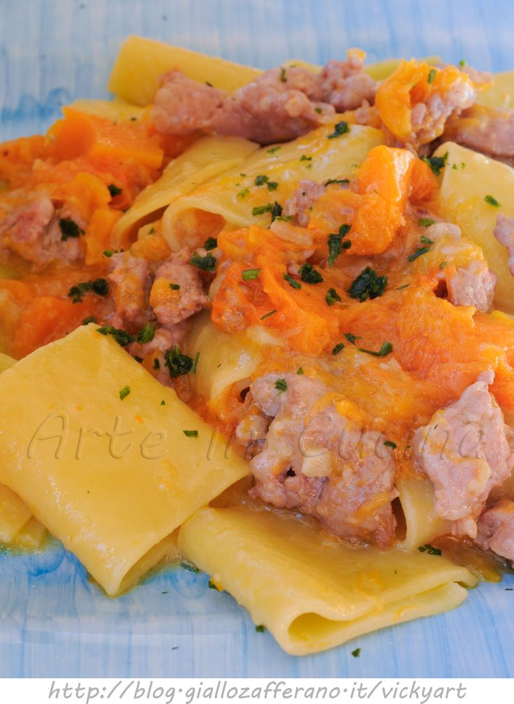 Paccheri con salsiccia e zucca ricetta primo facile vickyart arte in cucina