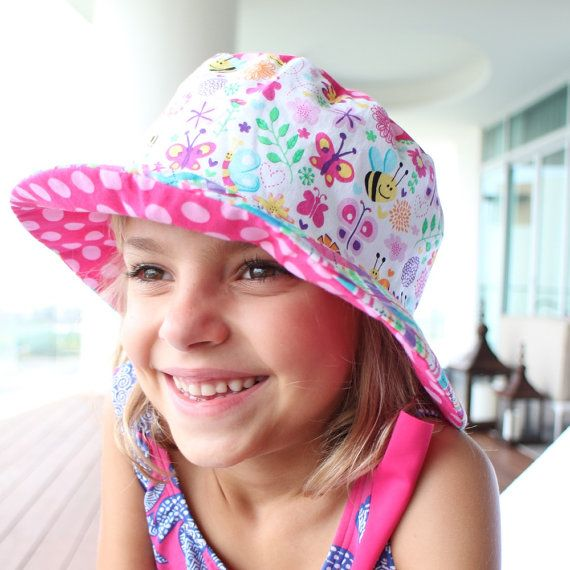 Girl's bucket sun hat with flowers and bees cute by littlebabybat