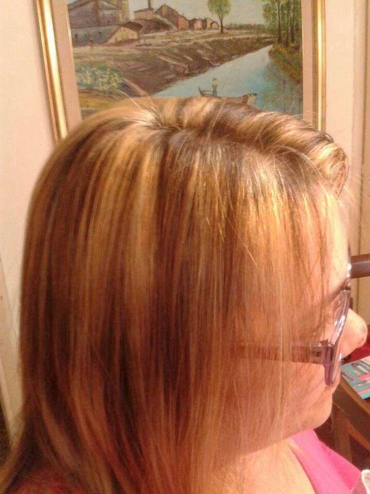 Contrasto con colpi di luce color miele #capelli #colpi di sole#