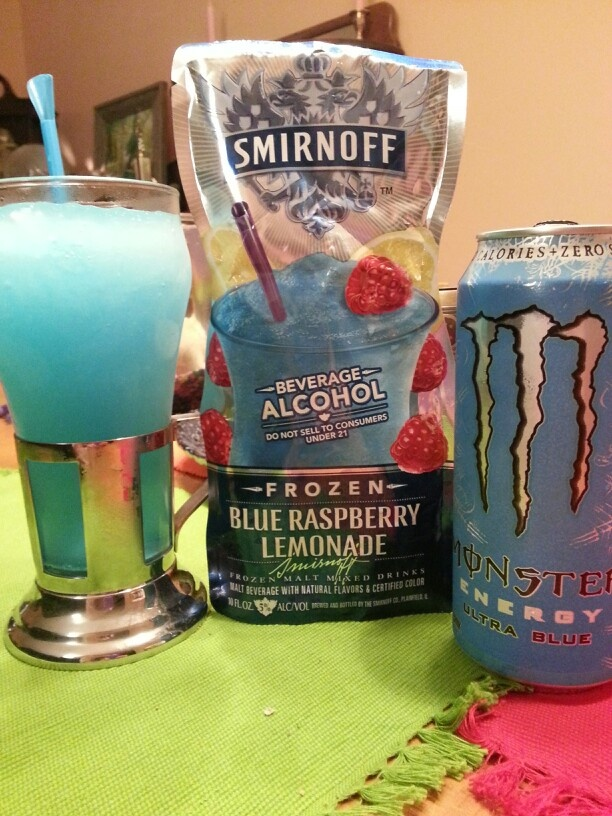 ★WARNING★Once you wrap your lips around this nothing else will do! Smirnoff blue raspberry lemonade  topped off with  monster ultra blue add straw and suck.