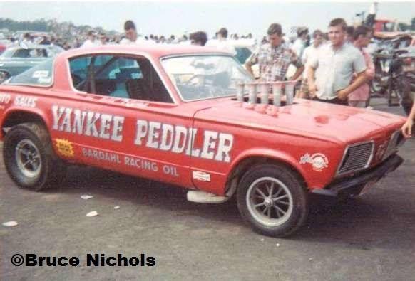 Yankee Peddler ***
