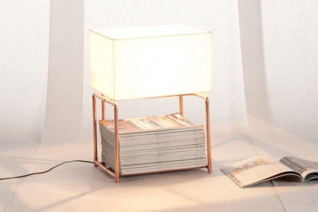 Des lampes en tube de cuivre pour ranger les magazines / Lamp made with copper pipes in which you can store magazines #cuivre #copper #lamp #design