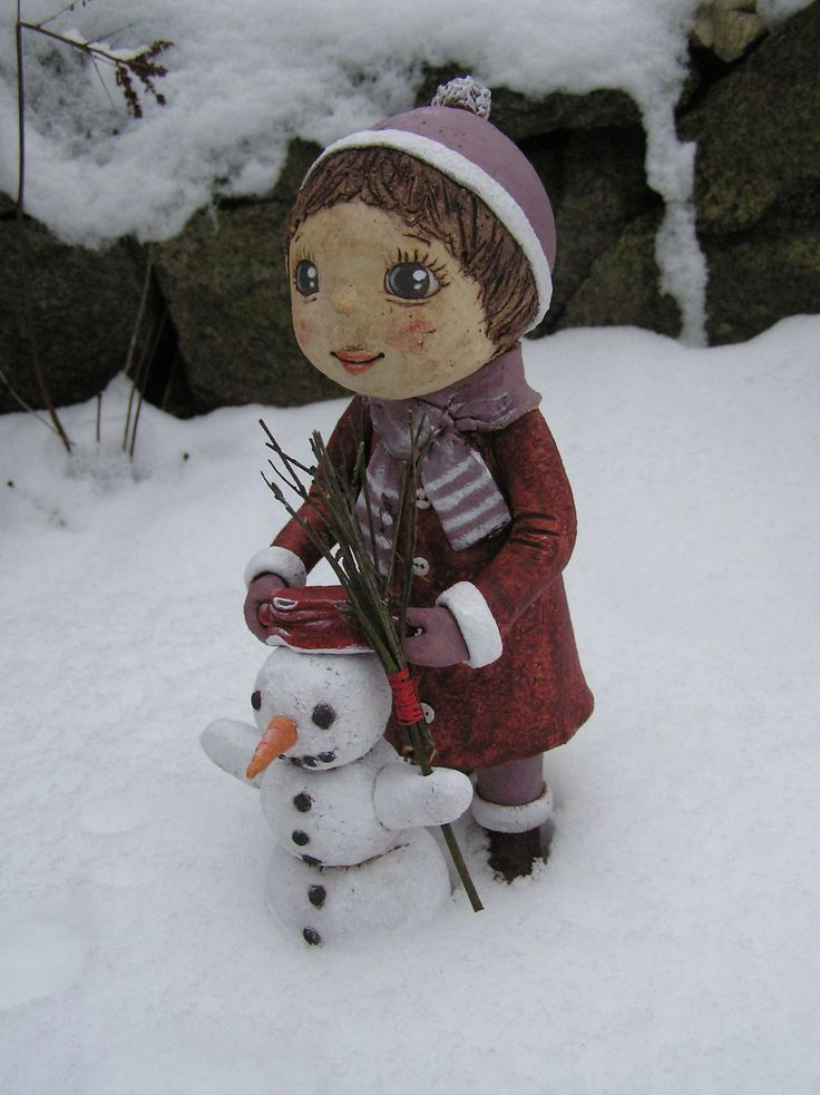 Holčička se sněhulákem (na objednávku)